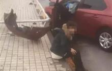 """重慶墜車事故中的""""女司機""""兩天內遭受了什么……"""